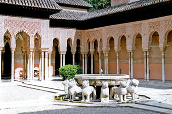 Patio de los Leones (the lions court), Alhambra - Granada, Andalusia